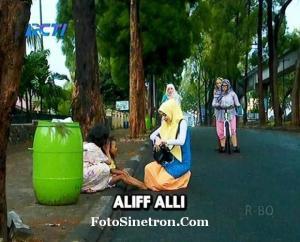 Jilbab In Love 1