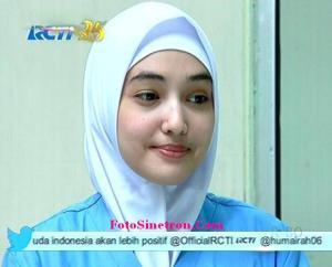 Jilbab In Love-6
