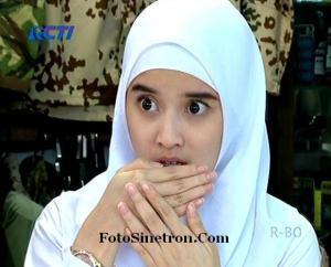 Jilbab In Love 7