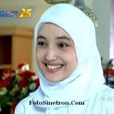 Putri Jilbab In Love