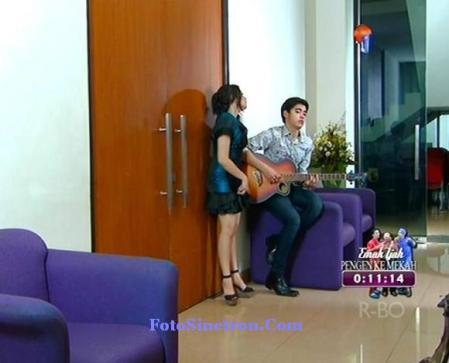Lirik Lagu – Menghujam Jantungku – Aliando Feat Prilly Latuconsina