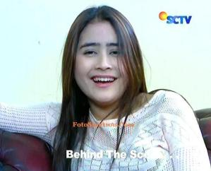 Behind the Scene Prilly Tertawa