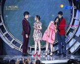 Kumpulan Foto Mesra dan Romantis Cassie Elovii, Randy Martin, Aliando dan Prilly di Acara SCTV MUSIC Awards 2015