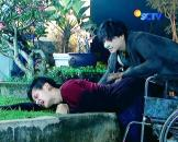 Cassie Elovii dan Randy Martin Rain The Series Episode 31-3